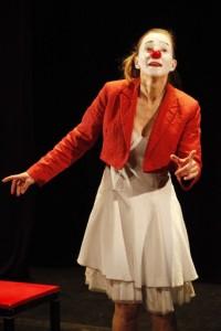 Catherine Vuillez dans le premier duo de Dis-moi quelque chose